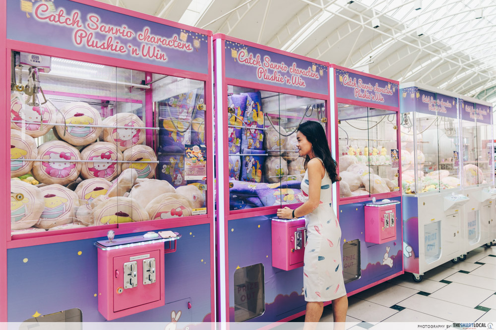 Jurong Point Sanrio Claw Machine