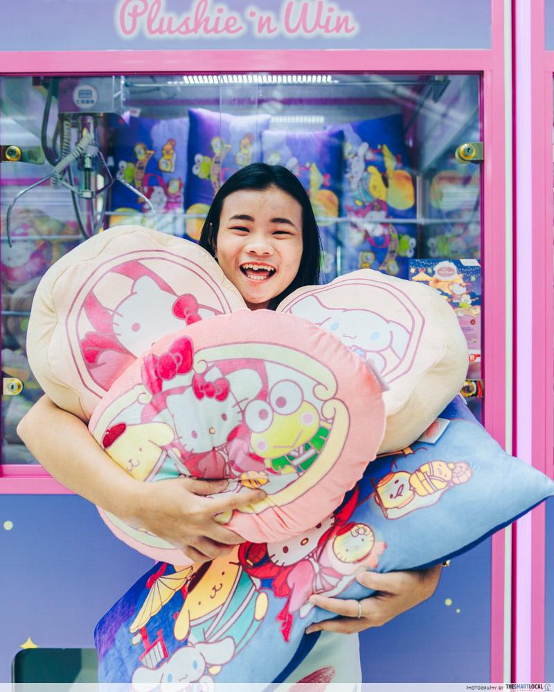 Jurong Point Sanrio Plushies