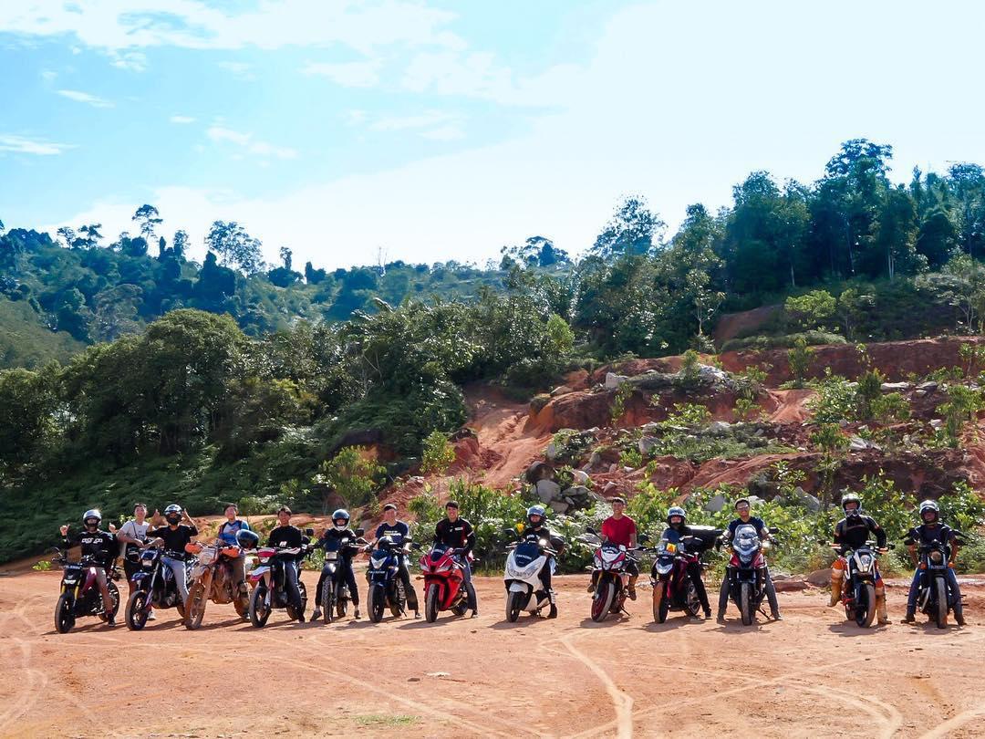 Unique CCAs NUS Motorcycle Club