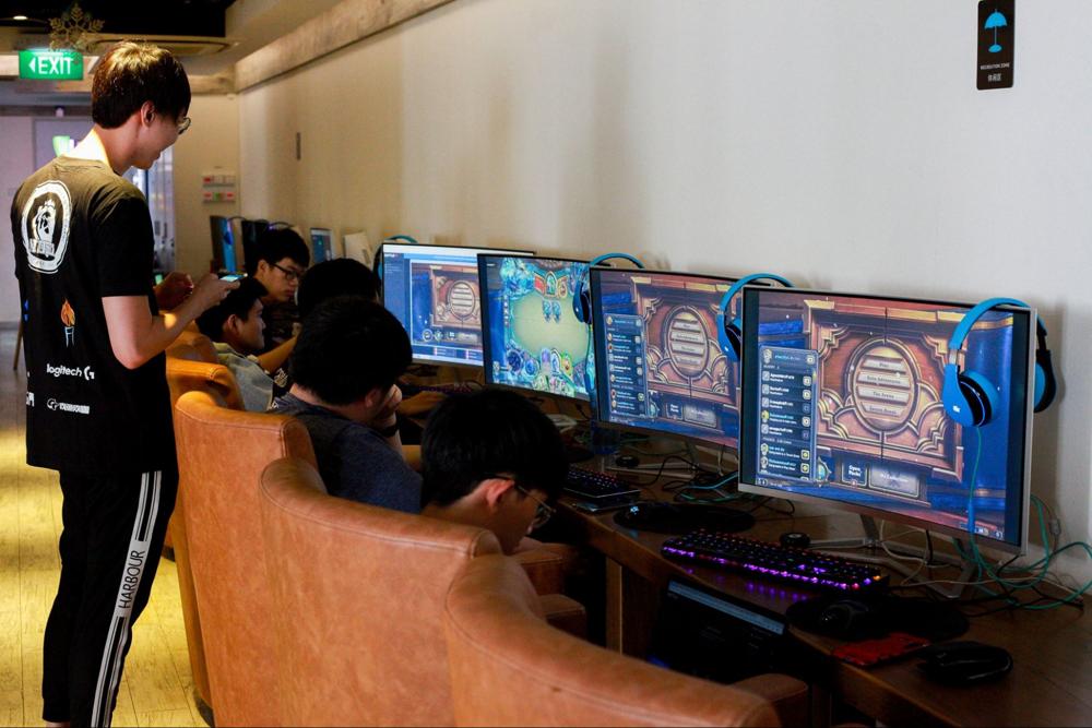 Unique CCAs E-gaming society