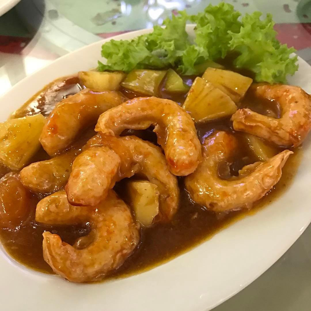 Vegan sweet and sour prawns