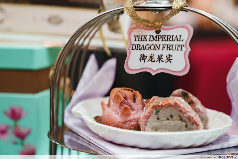 VivoCity Mid-Autumn Fair 2019 Mooncake Imperial Dragonfruit