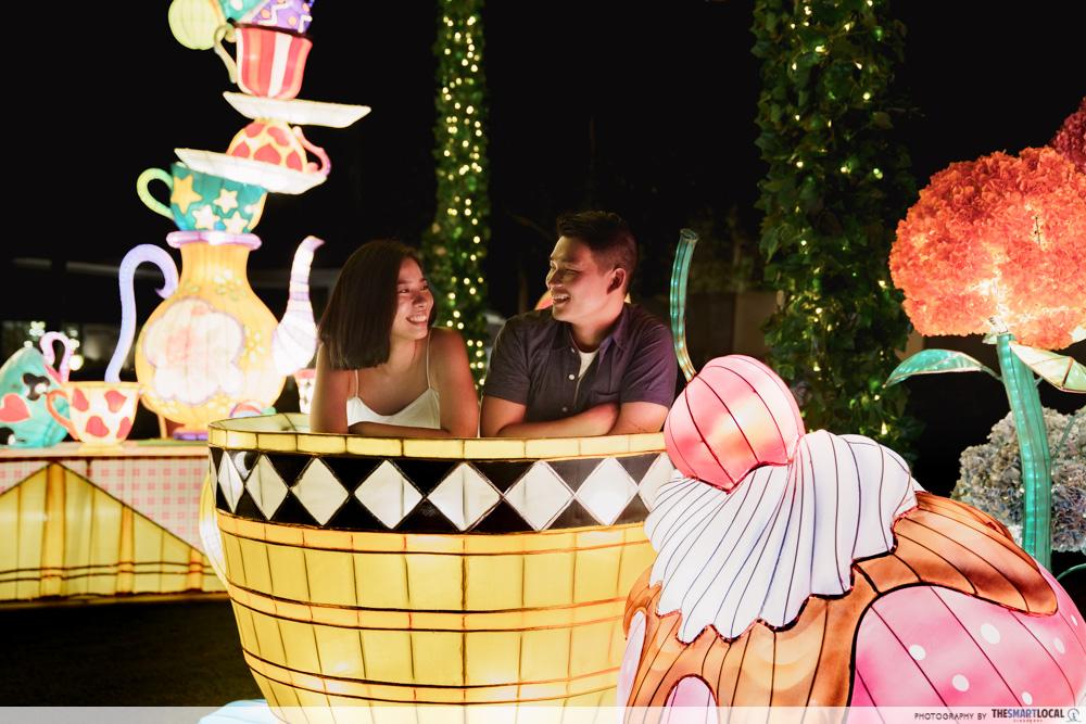 VivoCity Mid-Autumn 2019 Light-Up Alice in Wonderland Mad Tea Party Cup