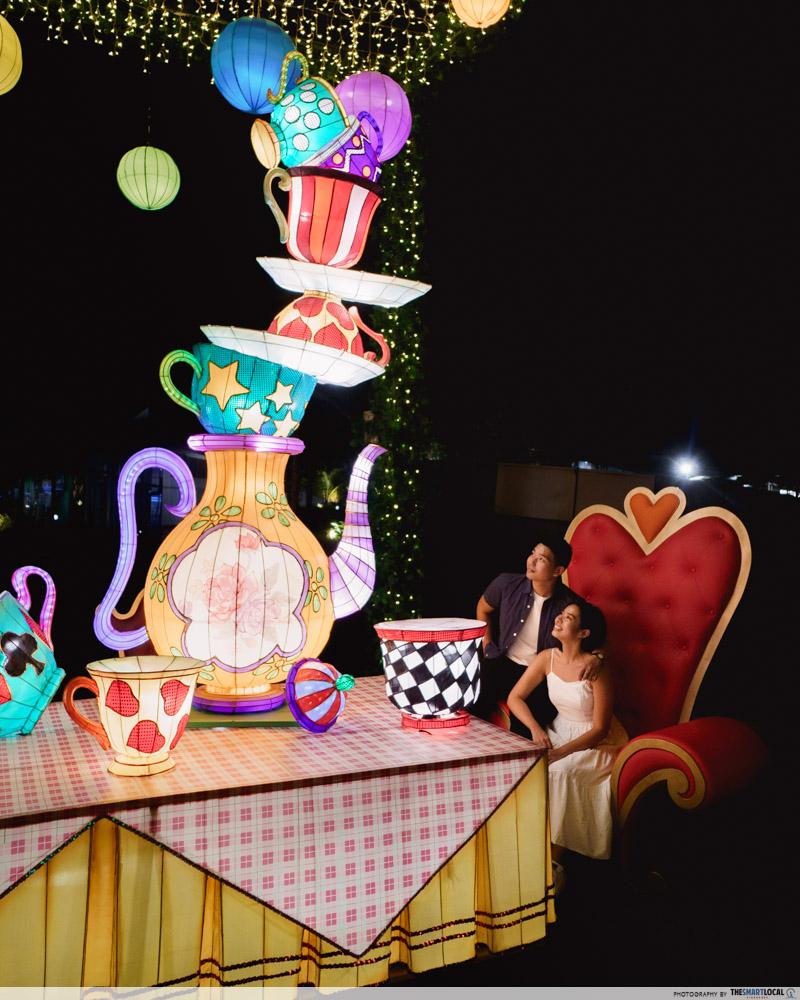 VivoCity Mid-Autumn 2019 Light-Up Alice in Wonderland Giant Tea Cups Party