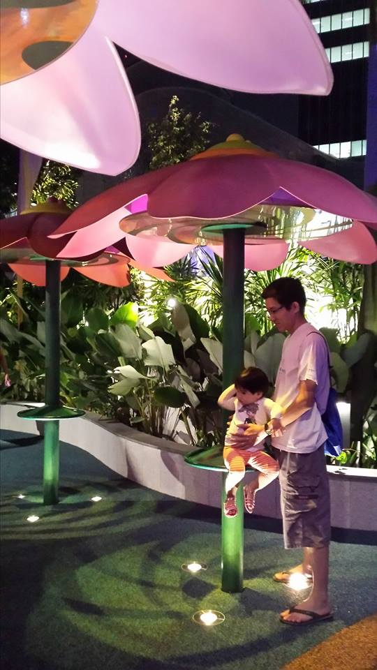 free playgrounds in mall - westgate wonderland interactive light display