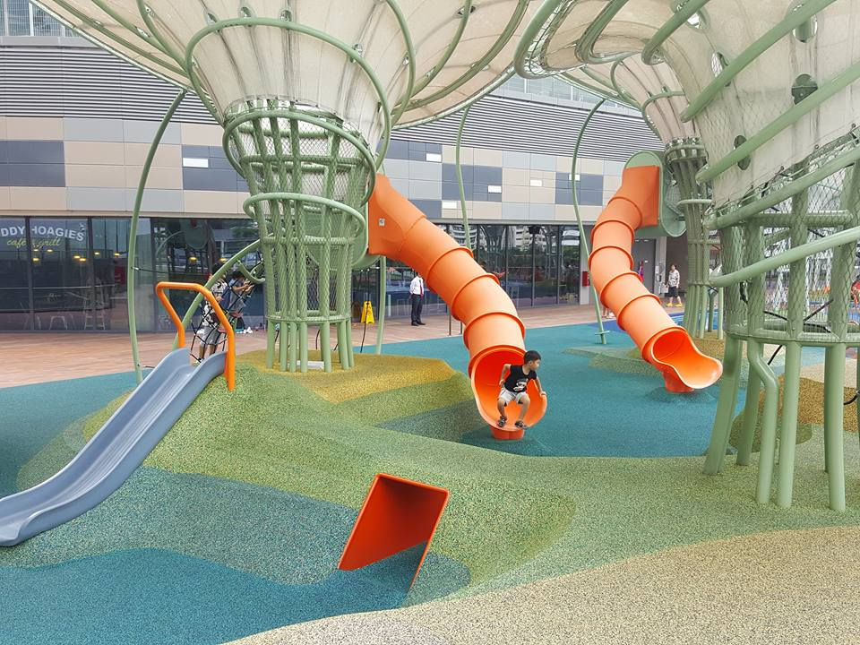 free playgrounds in mall - waterway point dry playground