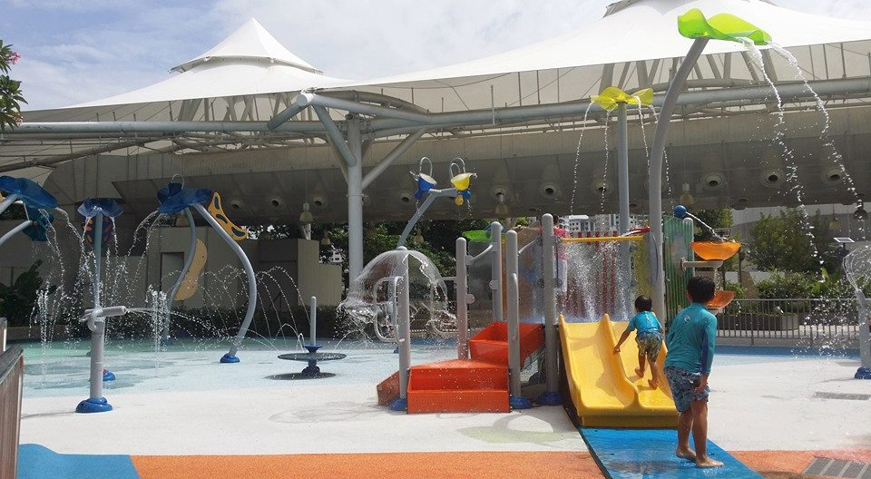 free playgrounds in mall - IMM wet playground