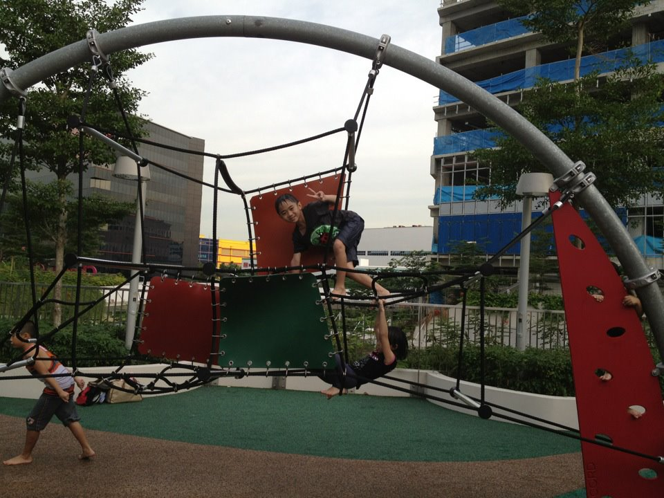 free playgrounds in mall - changi city point obstacle course