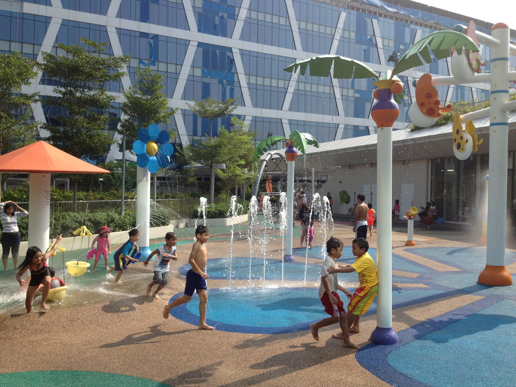 free playgrounds in mall - changi city point wet play area