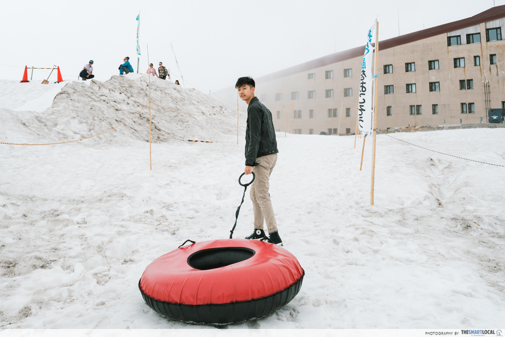 snow tubing in tateyama