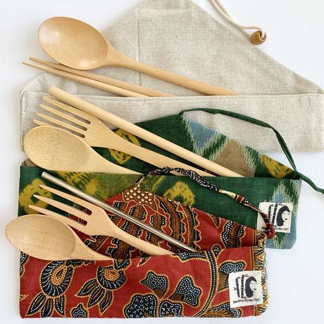 things to do in september - wooden utensils