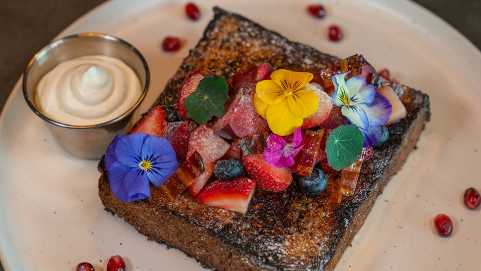 elixir boutique roasters flower brulee french toast
