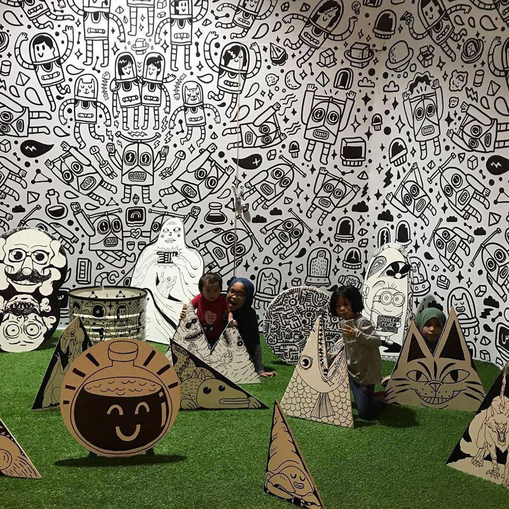 KL Gateway Mall art installation