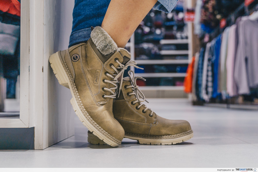winter time sale boots