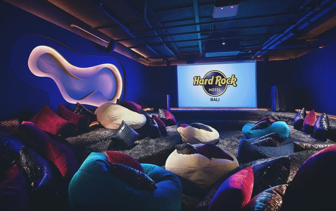 bali luxury hotels - hard rock hotel bali teens club bean bag cinema