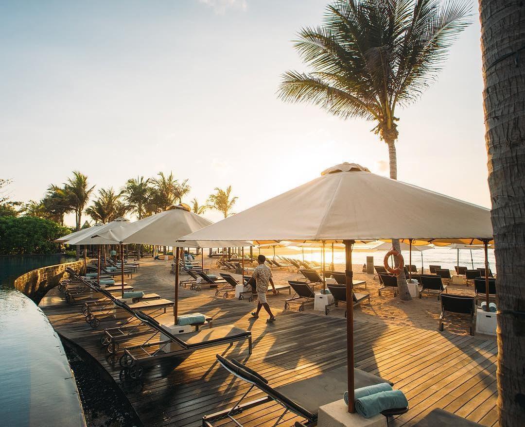 bali luxury hotels - the ritz-carlton bali private beach
