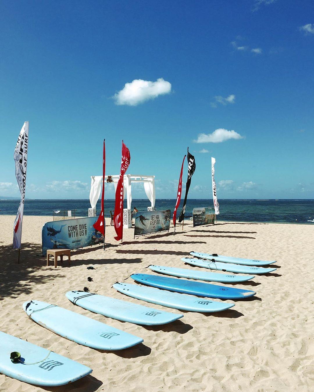 bali luxury hotels - intercontinental bali rip curl school of surf