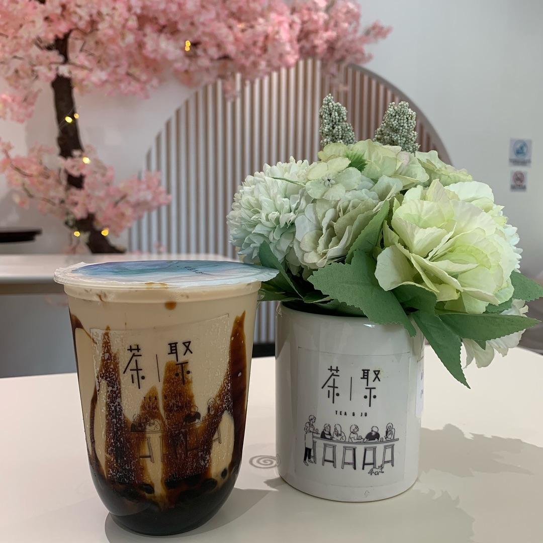 bubble tea cafe in jb - tea & ju