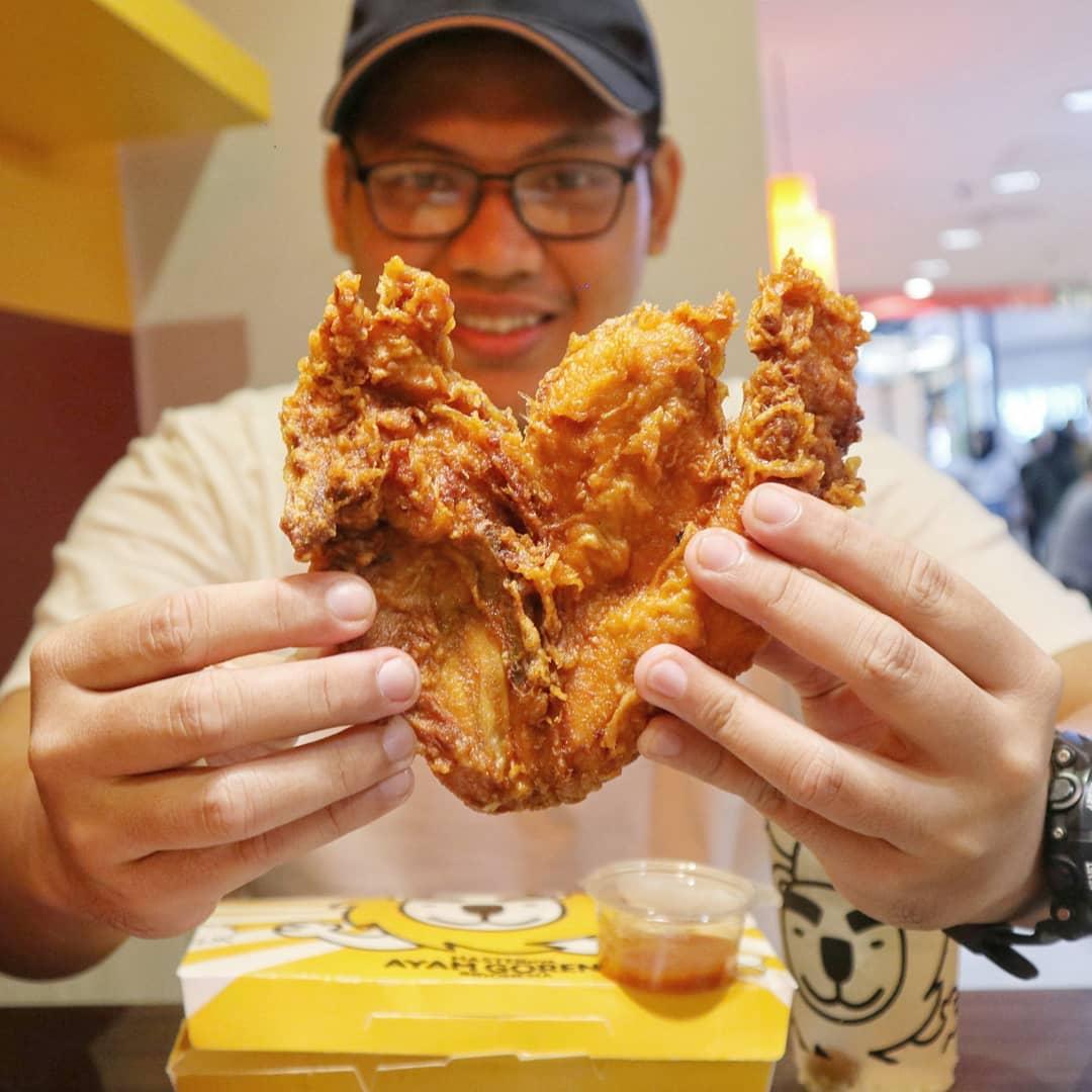 Muslim-Friendly Food Taipei fried chicken