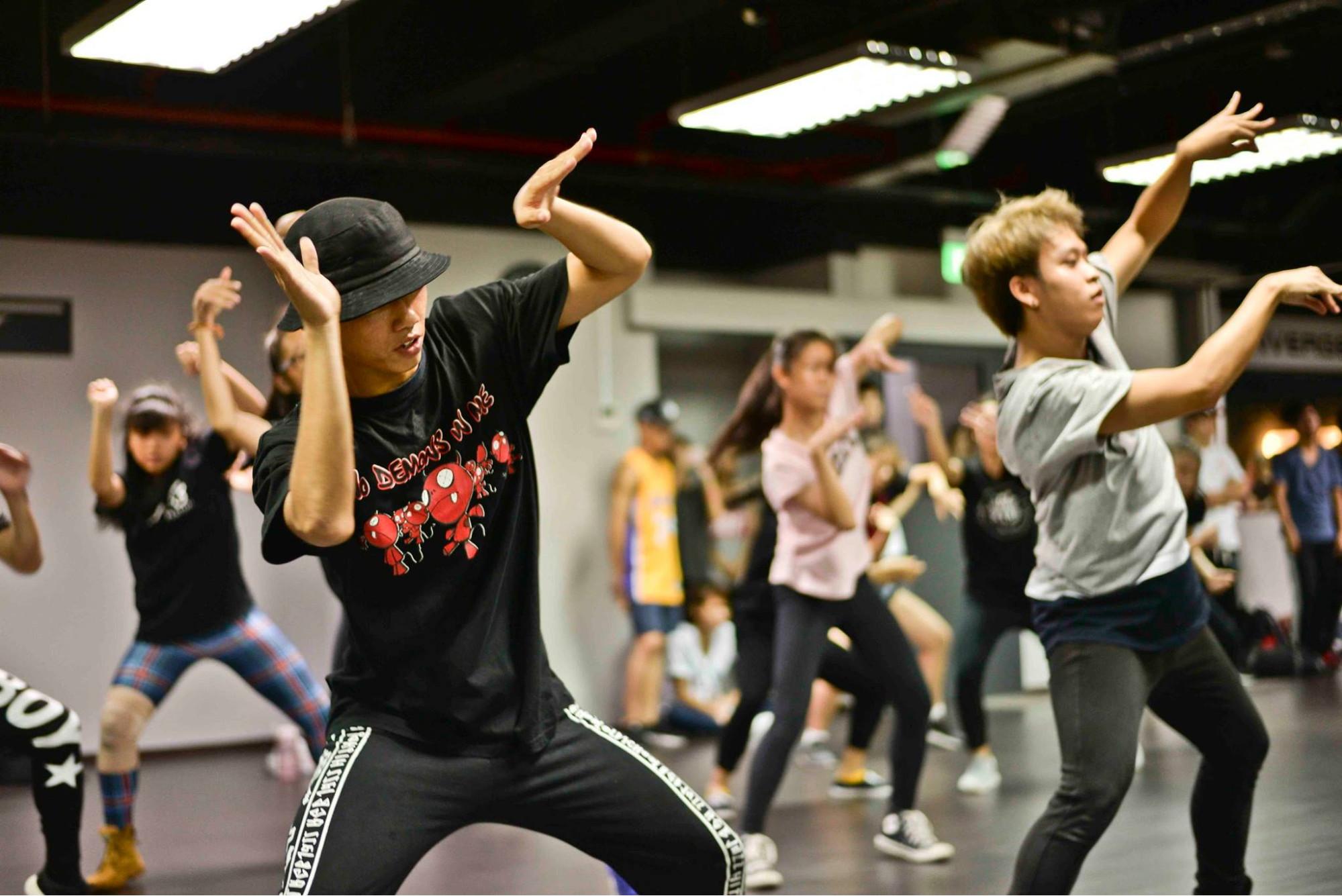converge studio dancing