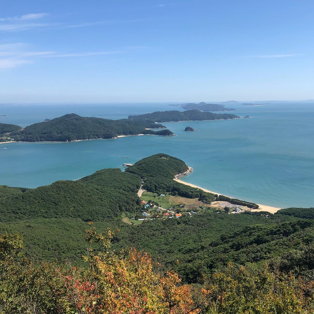 8 Korean Islands Near Seoul For Day Trips From Just 1h Away That Aren't Jeju or Nami deokjeokdo