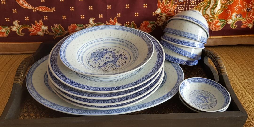 Nostalgic items blue dragon porcelain