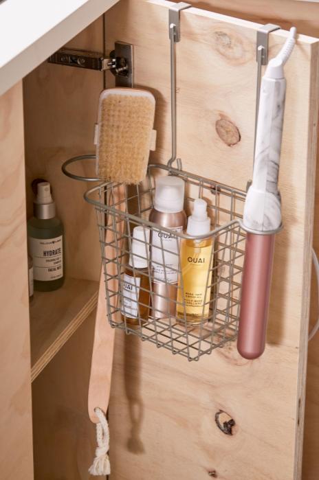 Smart Storage Over-the-door basket 2