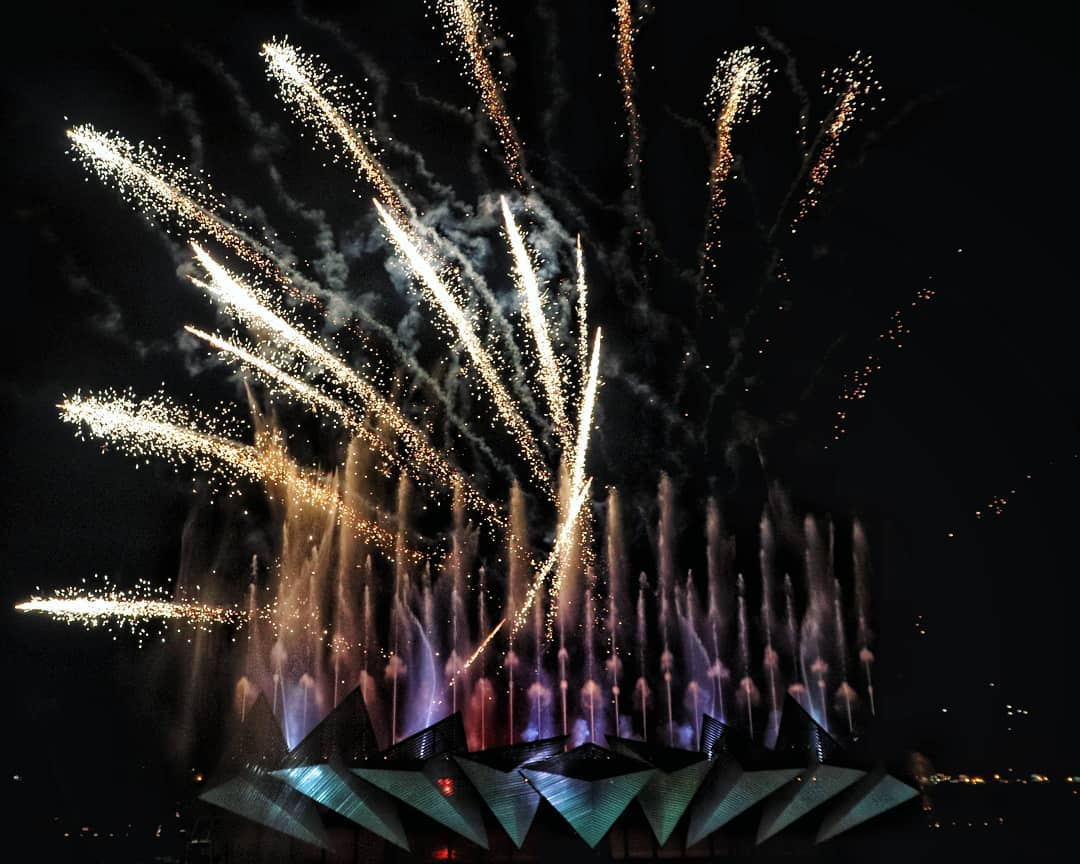 the admiral yacht - fireworks display at sentosa wings of time show