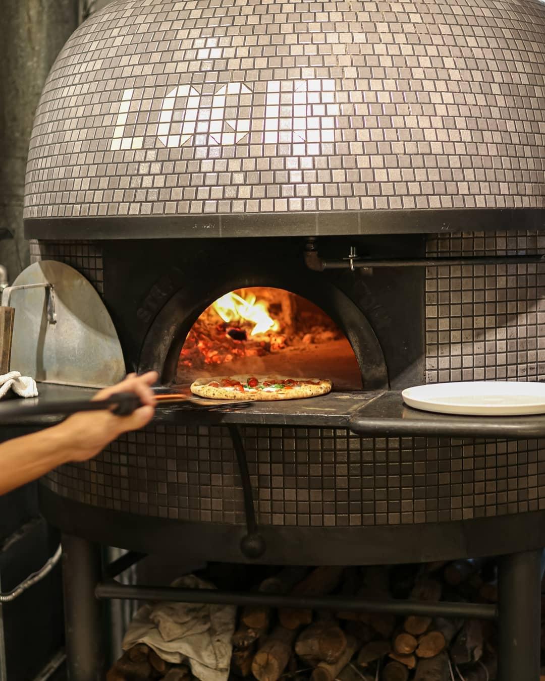 Trattoria Pizzeria Logic