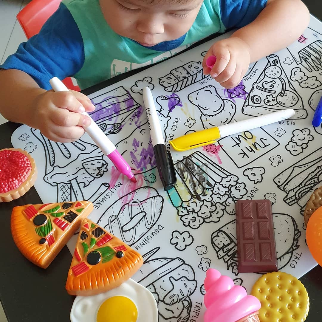 drawn by: silicone colouring mat