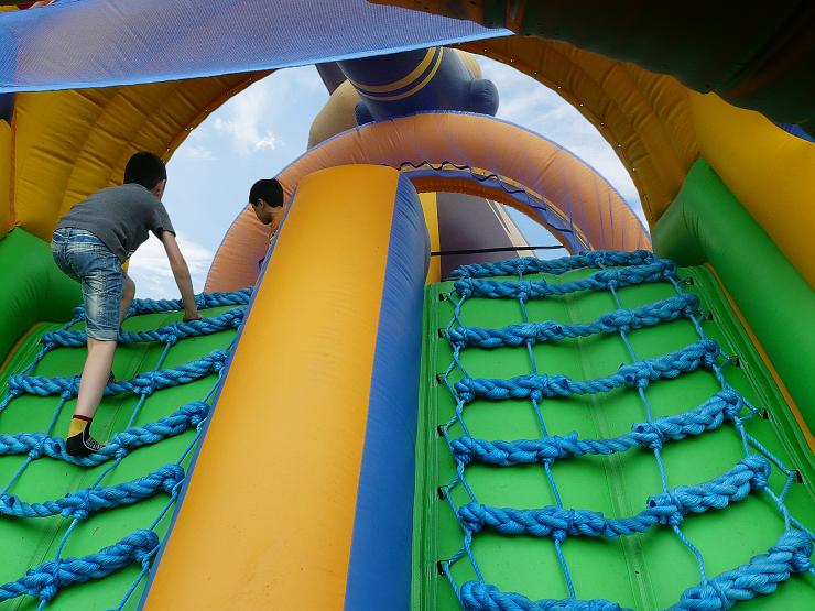 anchorpoint deals bouncy castle