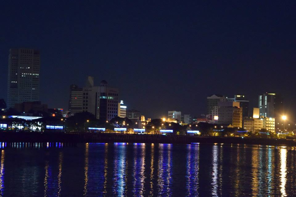danga bay in jb - danga cruise jb night skyline