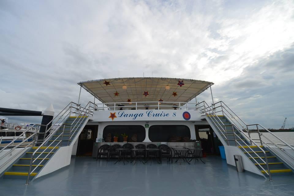 danga bay in jb - danga cruise