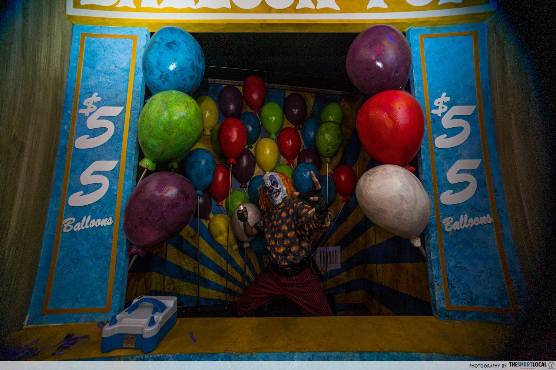 halloween events in singapore - uss halloween horror nights twisted clown university