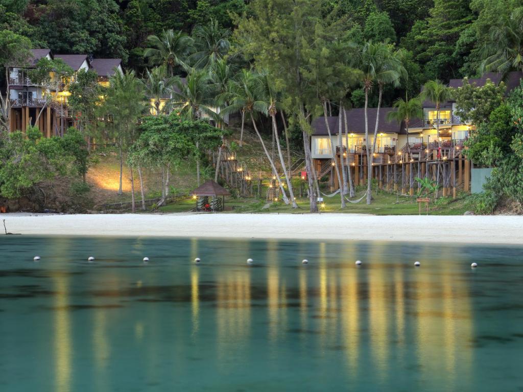 kota kinabalu resorts and hotels - manukan island resort