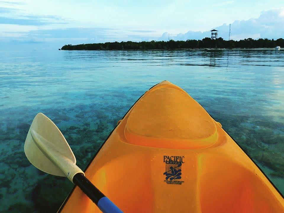 kota kinabalu resorts and hotels - pom pom island resort kayak