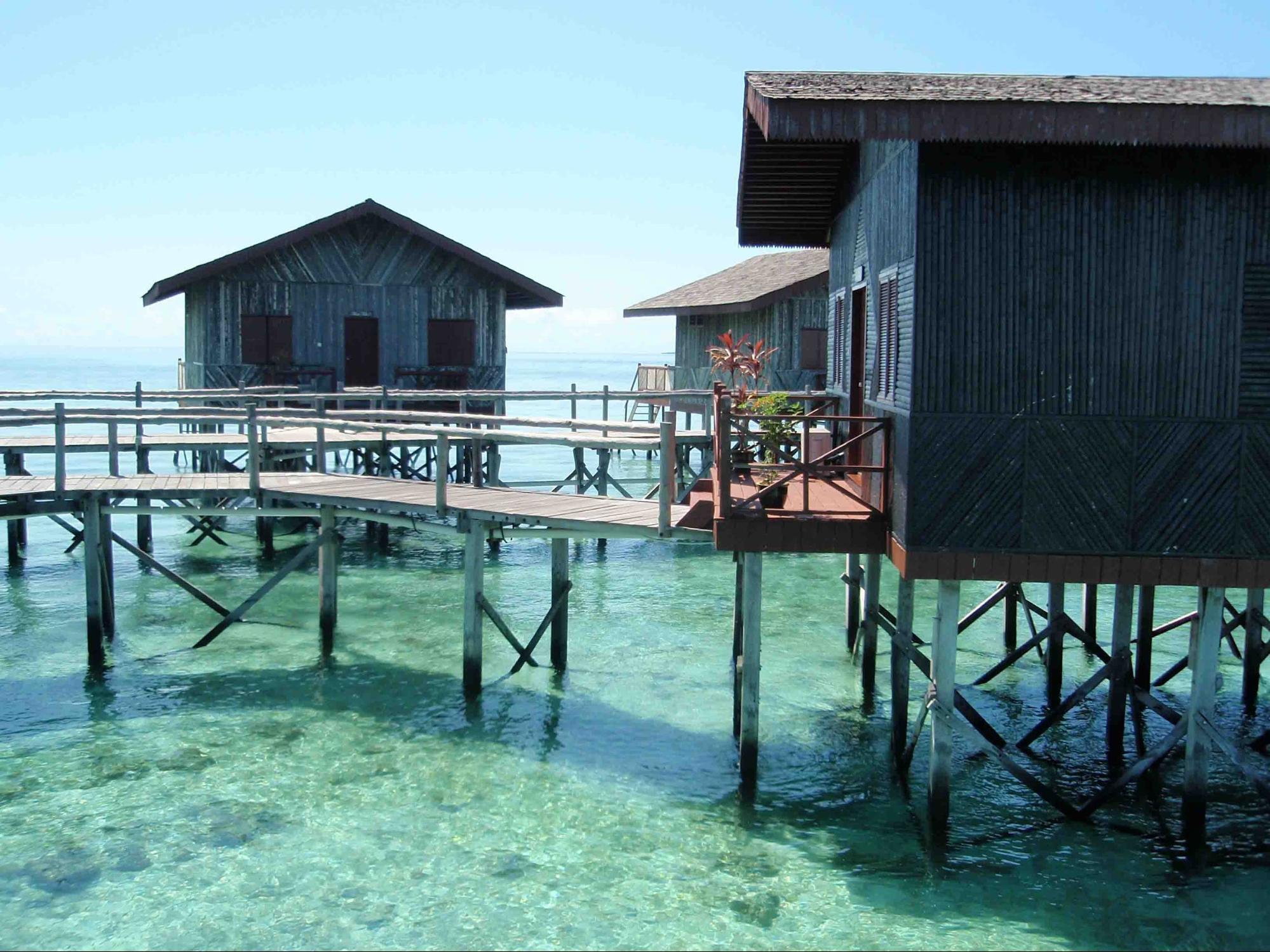 kota kinabalu resorts and hotels - pom pom island resort water villa