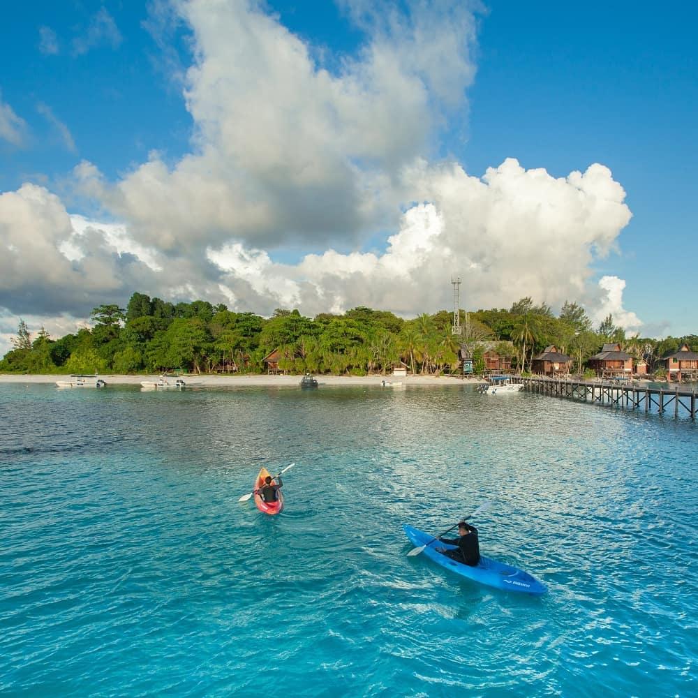kota kinabalu resorts and hotels - lankayan island dive resort kayak