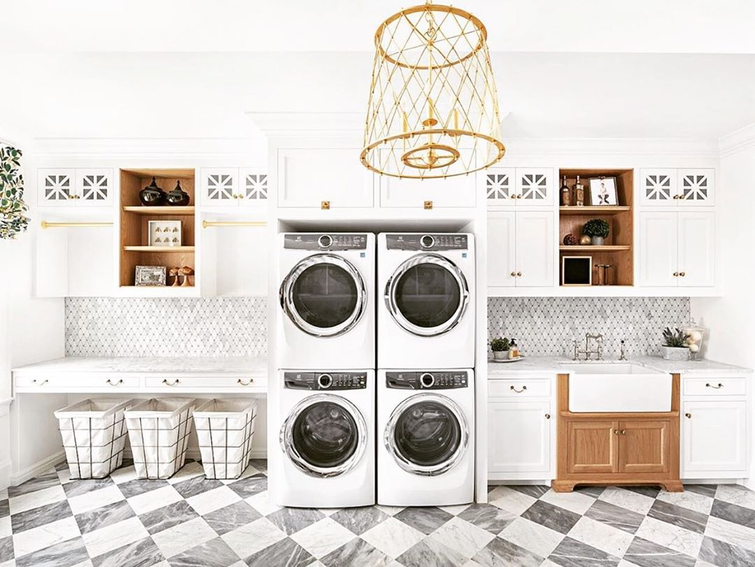 laundry tips - washing machine in laundry room