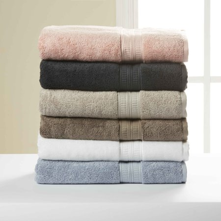 laundry tips - pile of towels