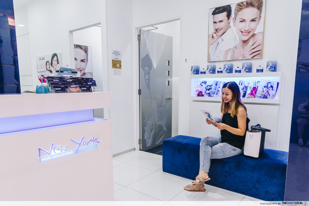 girl waiting in a new york skin solution lounge