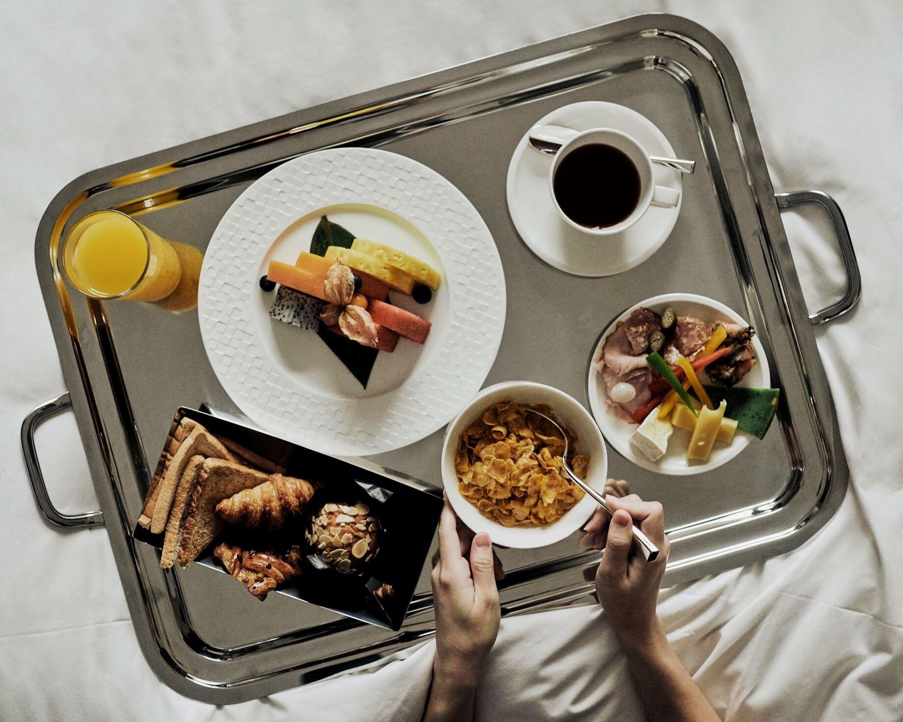 the capitol kempinski hotel singapore breakfast