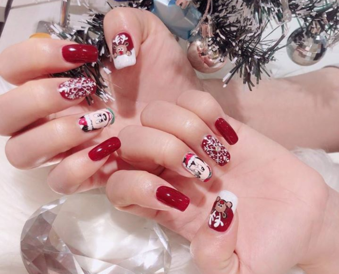nailz gallery christmas manicure