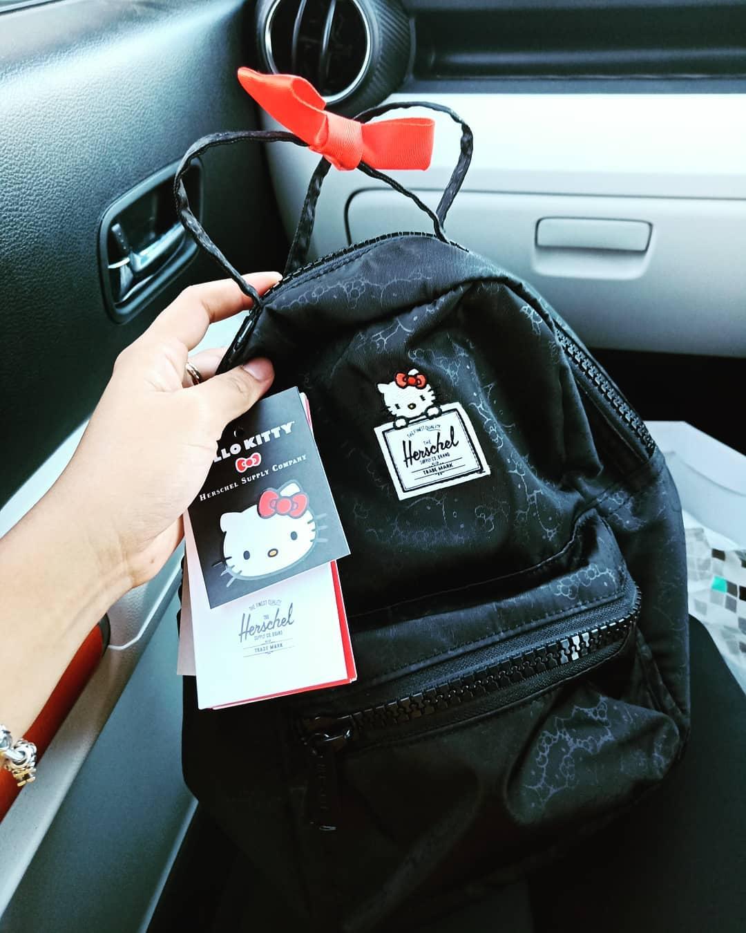 Taobao 11.11 Sale 2019 Herschel X Hello Kitty backpack