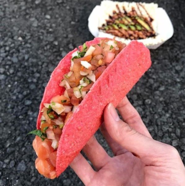 Jogasaki Sushi Burrito pink taco