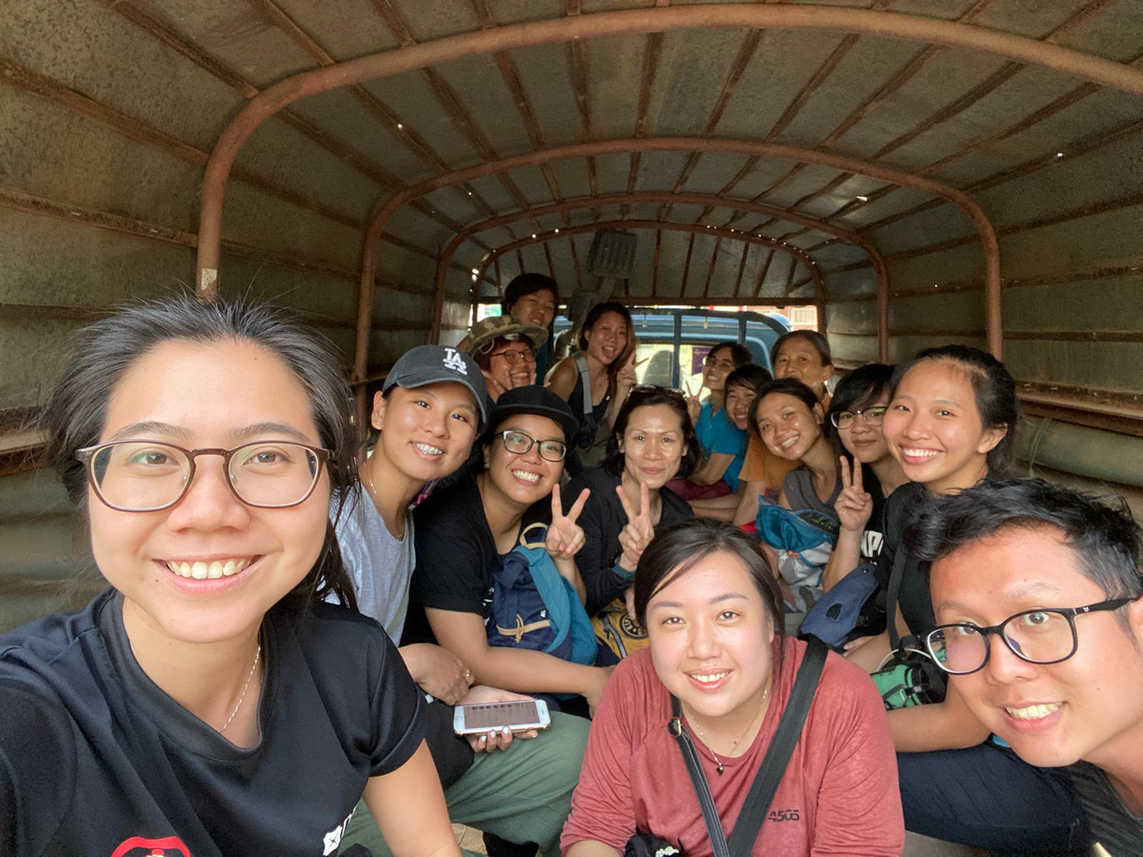 cambodia house charity volunteers
