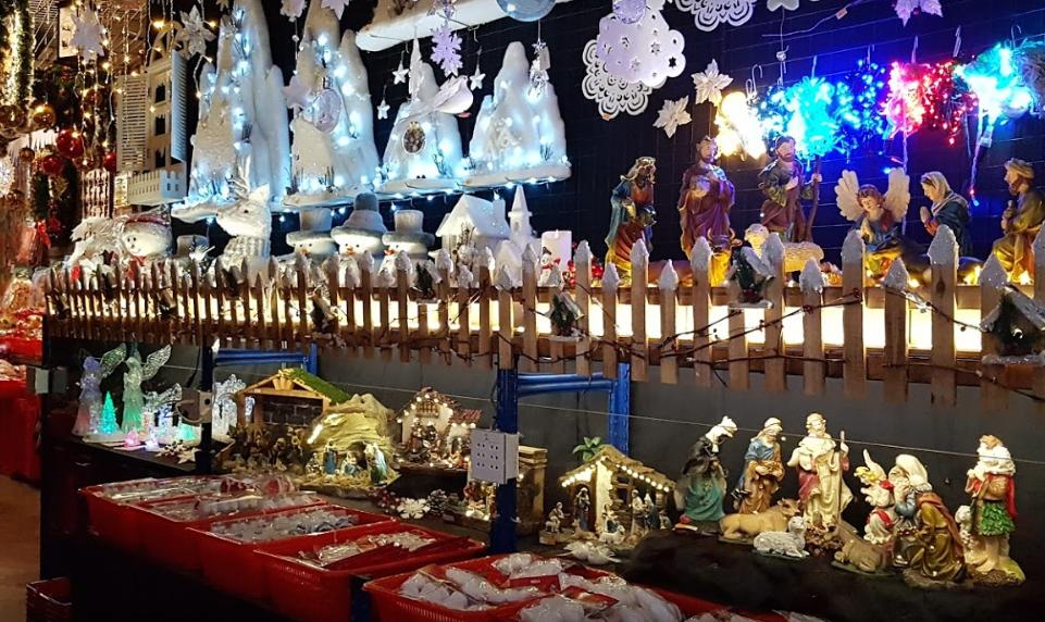 Henry Christmas Wholesaler ornaments