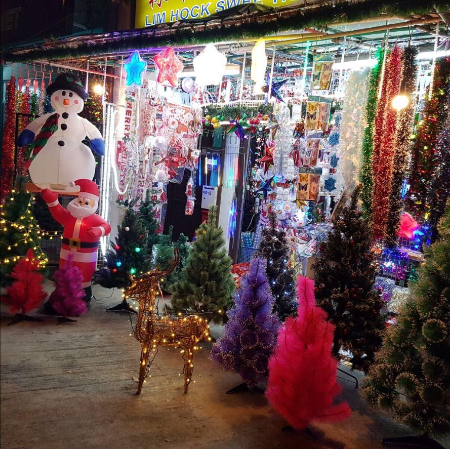 Lim Hock Swee christmas shop