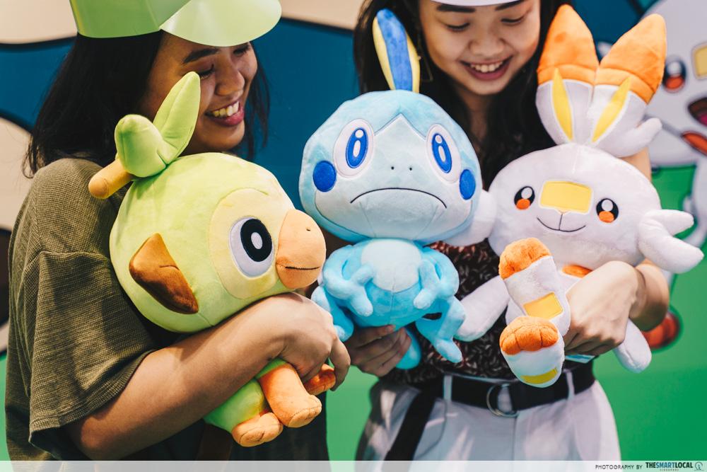 jewel changi pokemon center starters