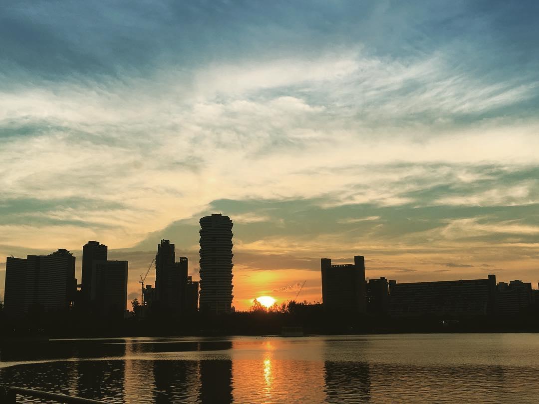 sunrise and sunset in singapore - tanjong rhu pebble bay